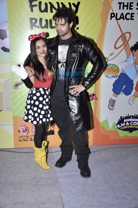 Gulshan Grover & Mimoh at Mumbai Film & Comic Convention