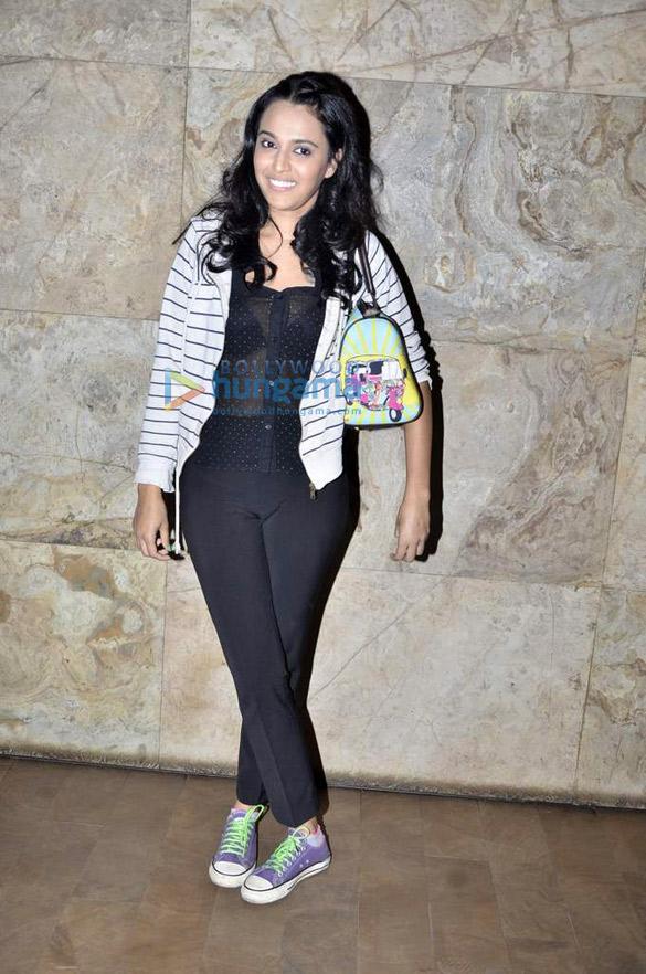 Kiran Rao hosts 'Gulabi Gang' screening