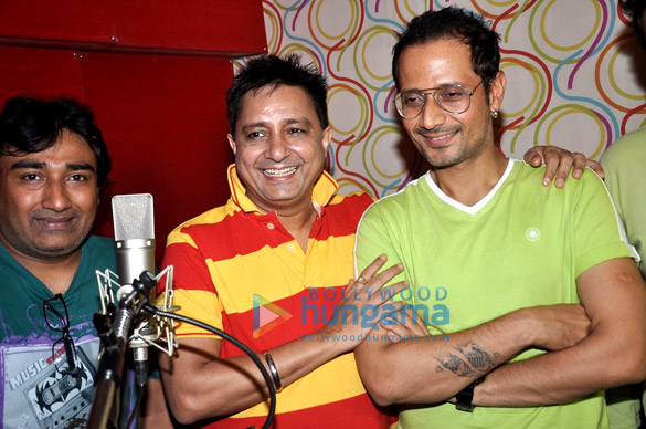 Meet Bros Anjjan & Sukhwinder record a song for 'Rab Mujhe Pyaar Ho Gaya'