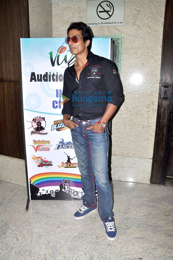 Sonu Sood graces the VHMUN 4 event for school children