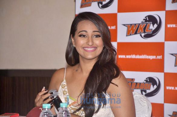 Sonakshi at the press meet of 'World Kabaddi League'