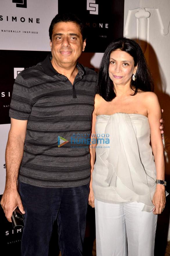 Gauri Khan & Sussanne Khan at Simone Arora's store launch