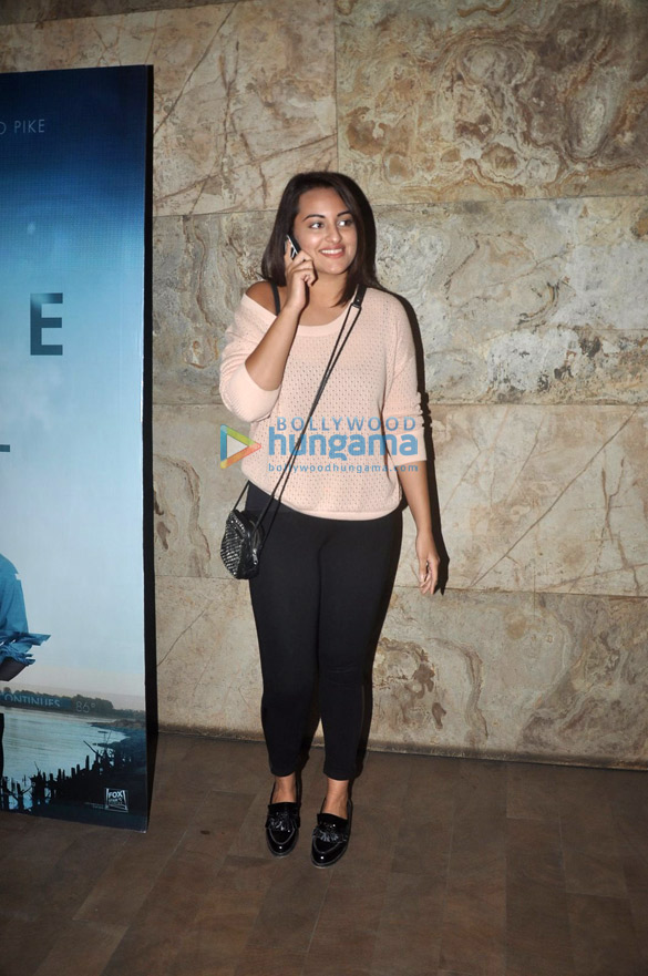 Sonakshi Sinha, Arjun Rampal & Aditi Rao Hydari at the special screening of 'Gone Girl'