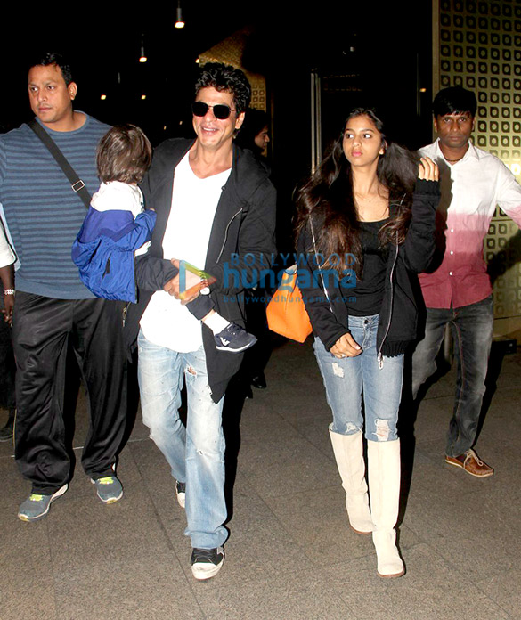 Shah Rukh Khan snapped with Suhana & Abram as they land in Mumbai to celebrate AbRam's birthday