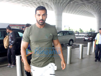 Sunny Leone, John Abraham & others snapped at the airport