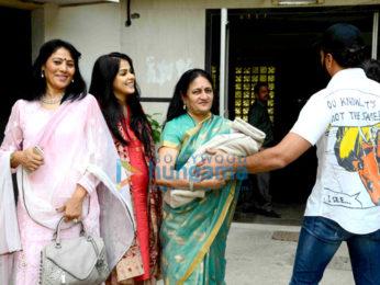 Genelia Dsouza, Vaishali Deshmukh, Riteish Deshmukh