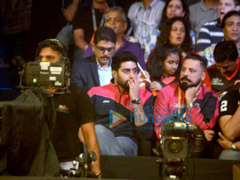 Abhishek Bachchan & Sonu Sood attend Pro Kabaddi League match