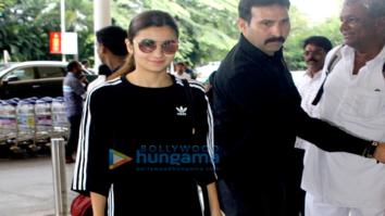 Alia Bhatt leaves to shoot for Jai Jawan at the Indian border