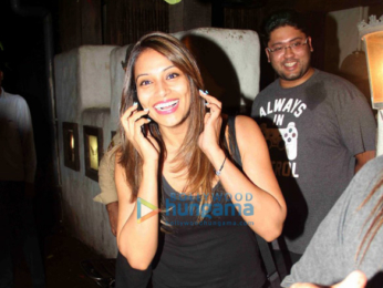 Bipasha Basu snapped post haircut at Hakim Aalim's salon