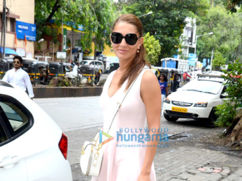 Gauahar Khan & Caterina Murino snapped in Bandra