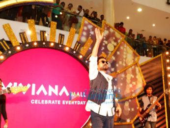 Irrfan Khan promotes 'Madaari' at Viviana Mall