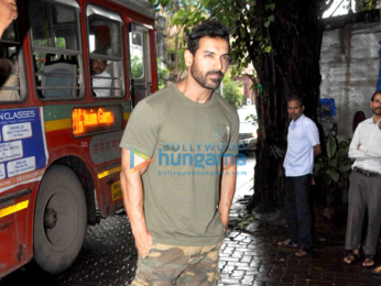 John Abraham snapped at Pali Village Cafe