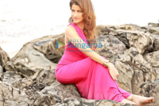 Celebrity Photo Of Smilie Suri