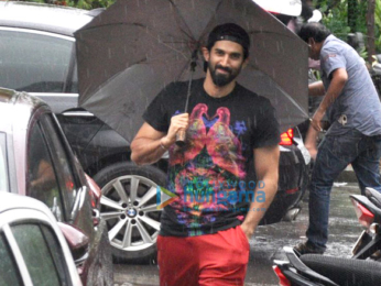 Aditya Roy Kapur snapped in the suburbs