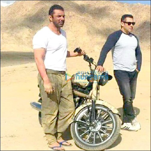 Check Out Salman Khan And Sohail Khan In Rugged Look On The Sets Of