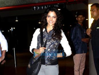 Harshvardhan Kapoor, Saiyami Kher, Sonu Sood & Dia Mirza snapped at the airport
