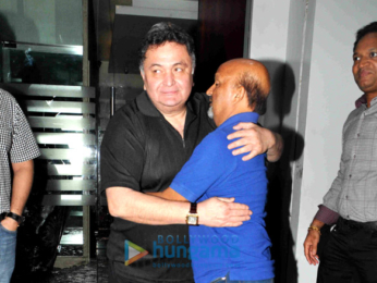 Rishi Kapoor & lyricist Sameer snapped post their dinner at 'Royal China'