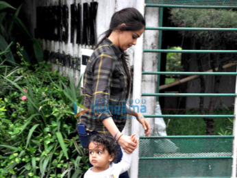 Riteish Deshmukh, GenelRiteish Deshmukh, Genelia Dsouza snapped with their son at 'Joggers Park', Bandraia Dsouza snapped with son at Joggers Park, Bandra