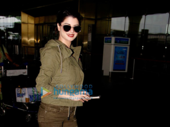 Tamannaah Bhatia, Elli Avram, Prachi Desai & Kaira Advani snapped at the airport