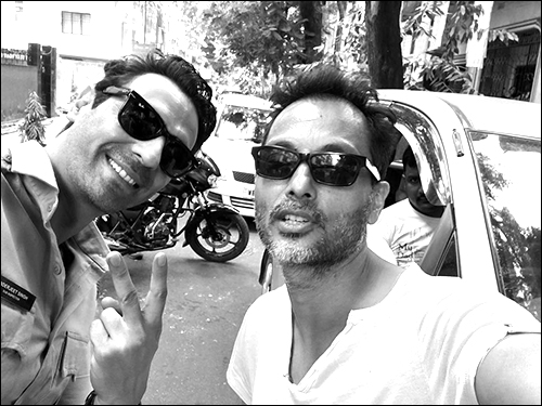 Check out: Arjun Rampal posts pictures from Kahaani 2 set