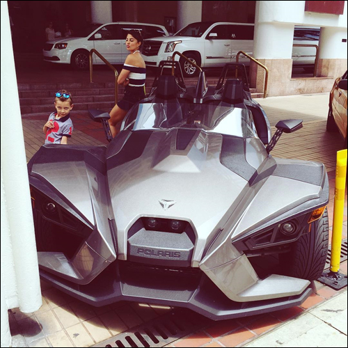 Check out: Jacqueline Fernandez spends time her cute little nephew in Miami