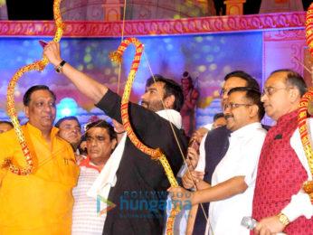 Ajay Devgn burns Raavan's effigy in Delhi on Dussehra