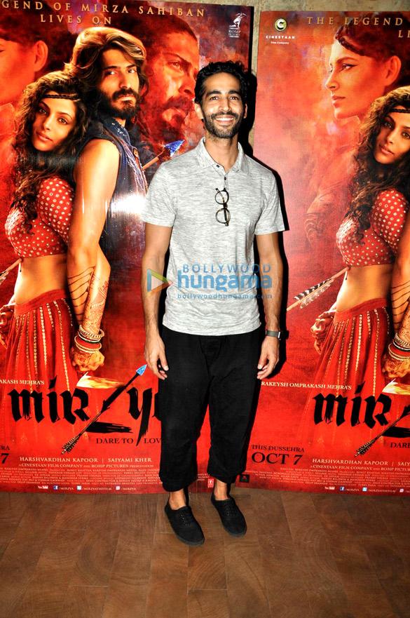 Arjun Kapoor & Anil Kapoor grace 'Mirzya' screening at Lightbox