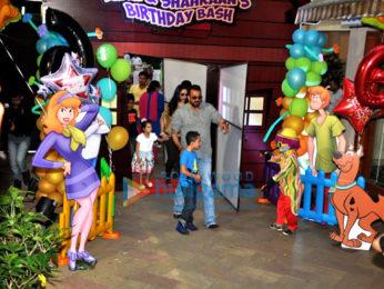 Sanjay Dutt celebrates his kids' birthday in style