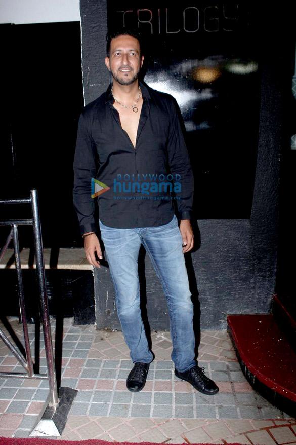 Sonakshi Sinha at Bunty Sajdeh's birthday celebrations at Trilogy bash