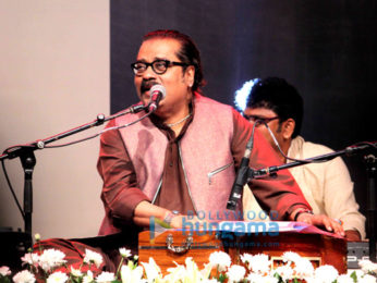 'Tum Bin 2' musical tribute to late ghazal maestro Jagjit Singh