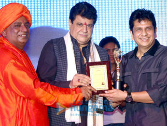 Celebs grace Bharat Icon Awards