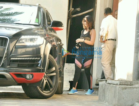 Ileana DCruz snapped post meeting in Bandra