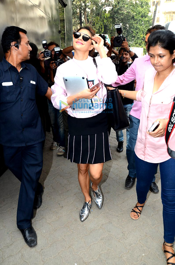 Jacqueline Fernandez snapped at a studio in Bandra