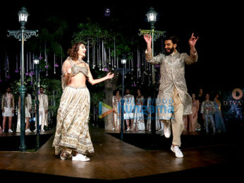 Ranveer Singh & Vaani Kapoor as the showstoppers for 'Spring-Summer 2017 Couture Collection'