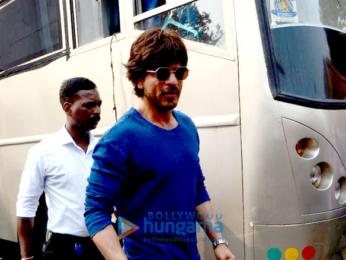 Shah Rukh Khan & Alia Bhatt promote their film 'Dear Zindagi'