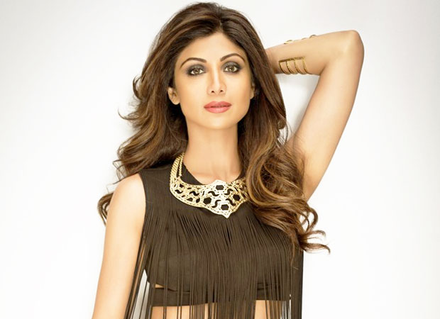 Shilpa Shetty Thinks Animal Farm Is Children S Book Gets Trolled On Twitter Bollywood News Bollywood Hungama Shilpa shetty shared a video of her son viaan (helped by raj kundra) setting a miniature ravana on fire. shilpa shetty thinks animal farm is