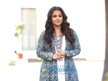 Vidya Balan promotes 'Kahaani 2' on the sets of a serial show 'Life OK show Savdhaan India'