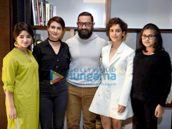 Aamir Khan and the cast promote 'Dangal' in Delhi