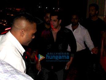 Salman Khan, Iulia Vantur, Ranveer Singh and many more snapped at Sohail Khan's son birthday bash