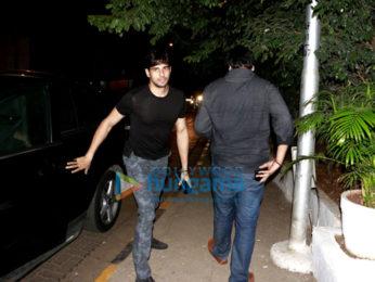 Sidharth Malhotra & Zareen Khan snapped at Olive