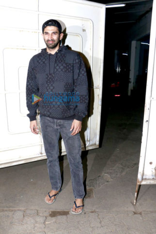 Aditya Roy Kapur & Salim Khan snapped at 'Ok Jaanu' screening