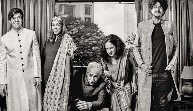 Naseeruddin Shah and his family's royal photoshoot-2
