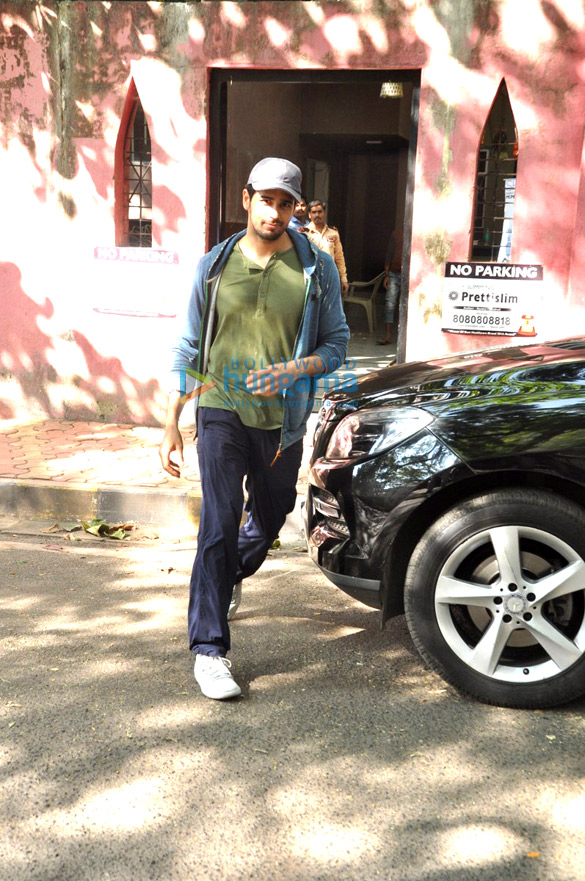Sidharth Malhotra snapped post dance rehearsals for his upcoming film Reloaded