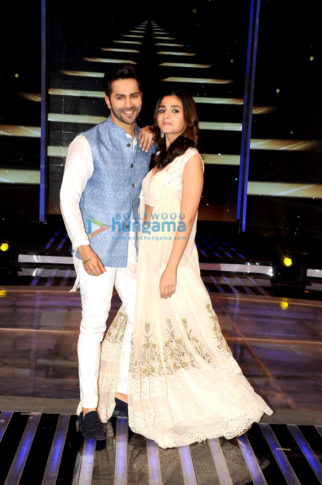 Alia Bhatt and Varun Dhawan on the sets of 'Dil Hai Hindustani'