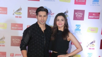 Varun Dhawan, Alia Bhatt Sing Tamma Tamma Again At Mirchi Music Awards 2017