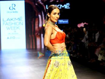 Kareena Kapoor Khan, Sushmita Sen, Tabu, Disha Patani walk the ramp at Lakme Fashion Week 2017 - Day 5
