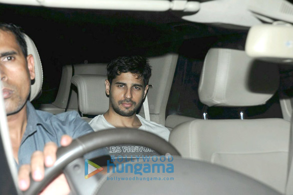 Shah Rukh Khan, Sidharth Malhotra and others snapped at Alia Bhatt's birthday bash