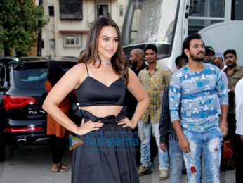 Sonakshi Sinha snapped post Zoom shoot in Mehboob Studio