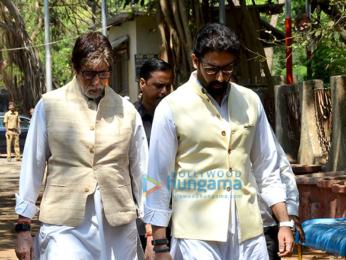 Suniel Shetty's father's last rites in Worli