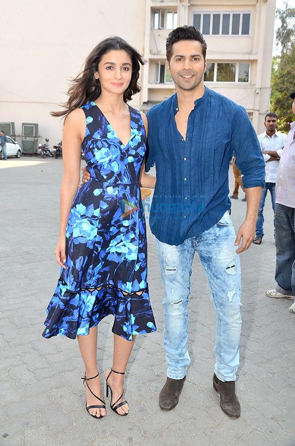 Varun Dhawan & Alia Bhatt snapped at 'Badrinath Ki Dulhania' promotions